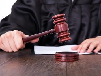 Суд оценил правомерность увольнения вахтовика, выпившего в свой междусменный отдых