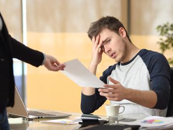 Роструд рассказал об особенностях увольнения работника в связи с ликвидацией