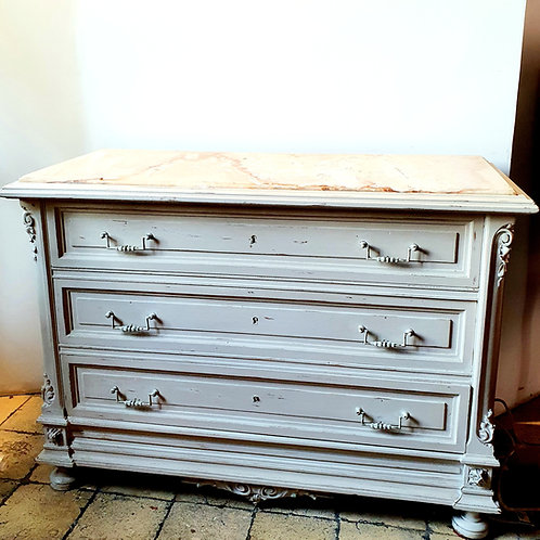 Commode Louis Philippe patinée