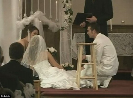 3 Steps to Not Passing Out At Your Wedding!