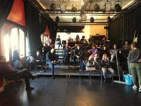 Coronavirus et fermeture du théâtre: la réalité de plein fouet dans nos fictions