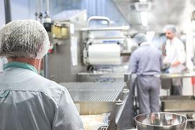 Formation spécifique en matière d'hygiène alimentaire adaptée à l'activité des établissements de restauration commerciale