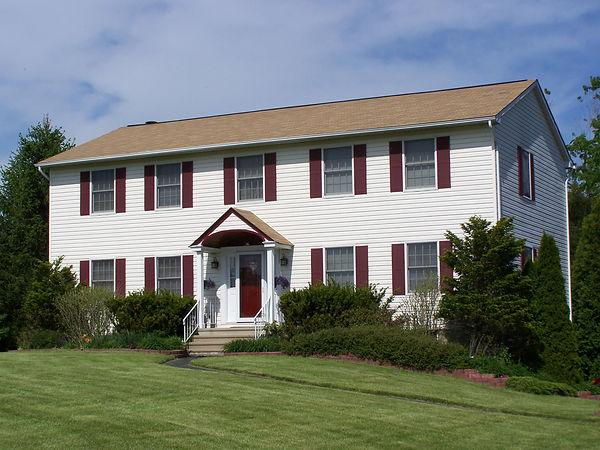 Colonial-Newport.jpg