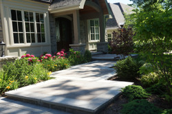Front steps with accent border