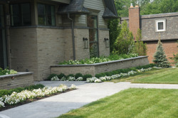 Front Garden and Paver walkway
