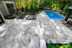 _Swimming Pool with exterior pavers