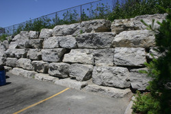 Comercial Retaining Wall