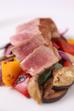 Každý den u nás v nabídce - Steak z čerstvého tuňáka nebo z čerstvého lososa  s volitelnou přílohou