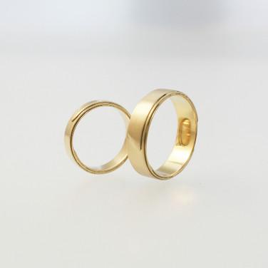 K & H Initial Rings
