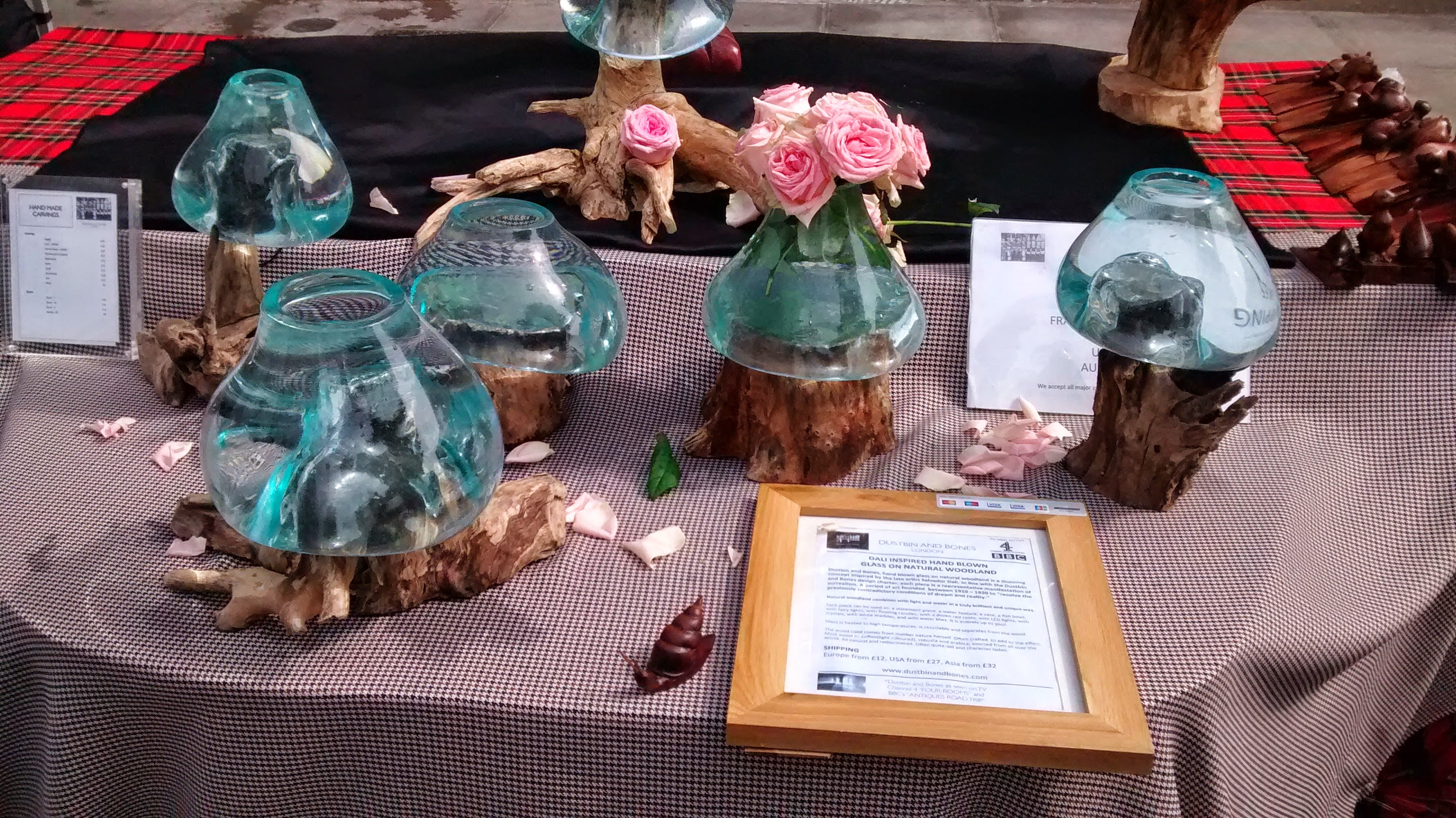 Dalie glass art at one of our stalls