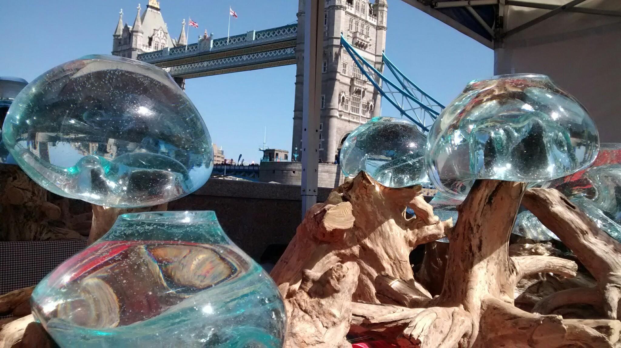 Aliens attack London bridge 2014