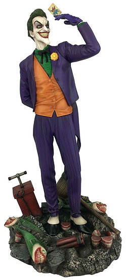 DC Gallery The Joker 9-Inch Collectible PVC Statue