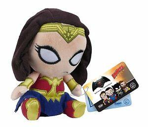 """Batman vs Superman Mopeez 4.5"""" Plush Wonder Woman"""