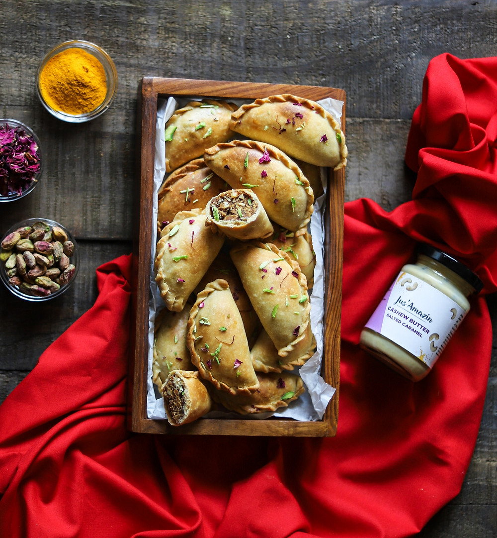 Besan and Cashew Butter Baked Gujiyas