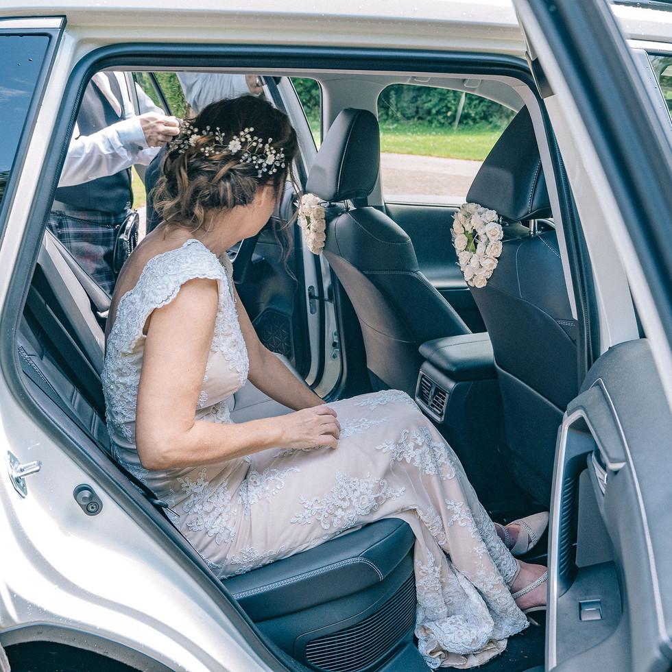 bridal-car-blank-and-burnet-photography