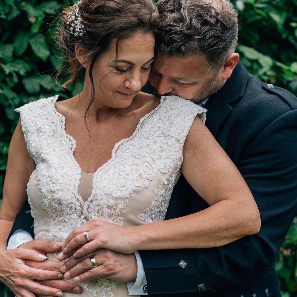 intimate-wedding-shoot-blank-and-burnet-photography