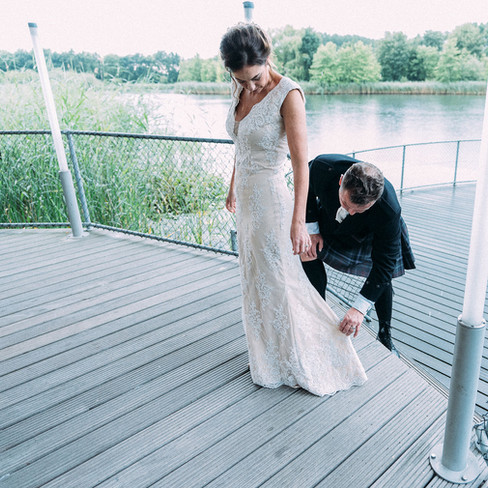 groom-being-a-gentleman-Blank-and-Burnet-Photography