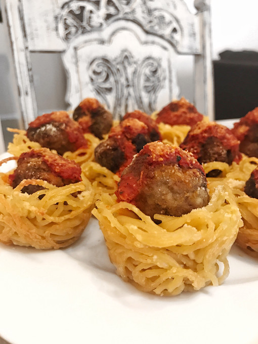 SPAGHETTI & GREEK KEFTEDES (MEATBALL) CUPCAKES
