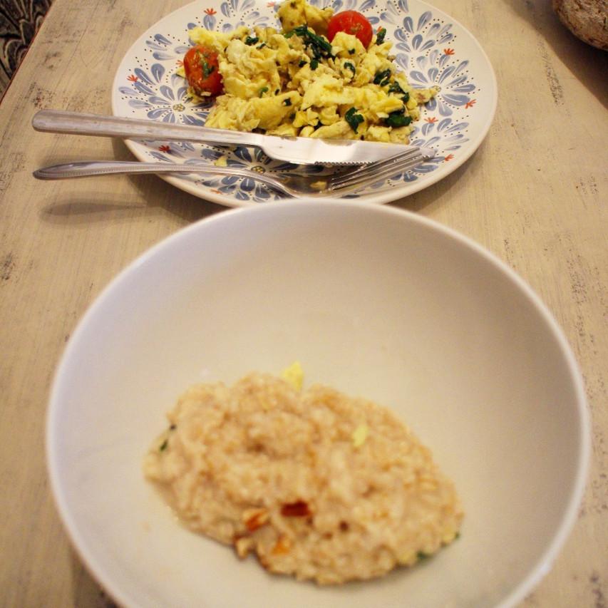 Scrambled Eggs w/ Spinach & Herb Roa