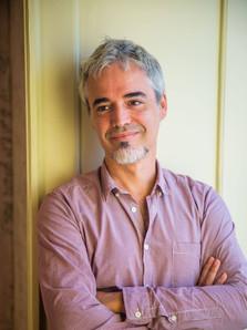 Prof. Miguel Araújo