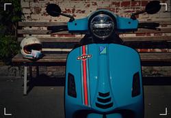 Vespa GTS300 Martini Racing