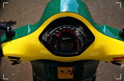 Vespa GTS300 Lotus Racing 8