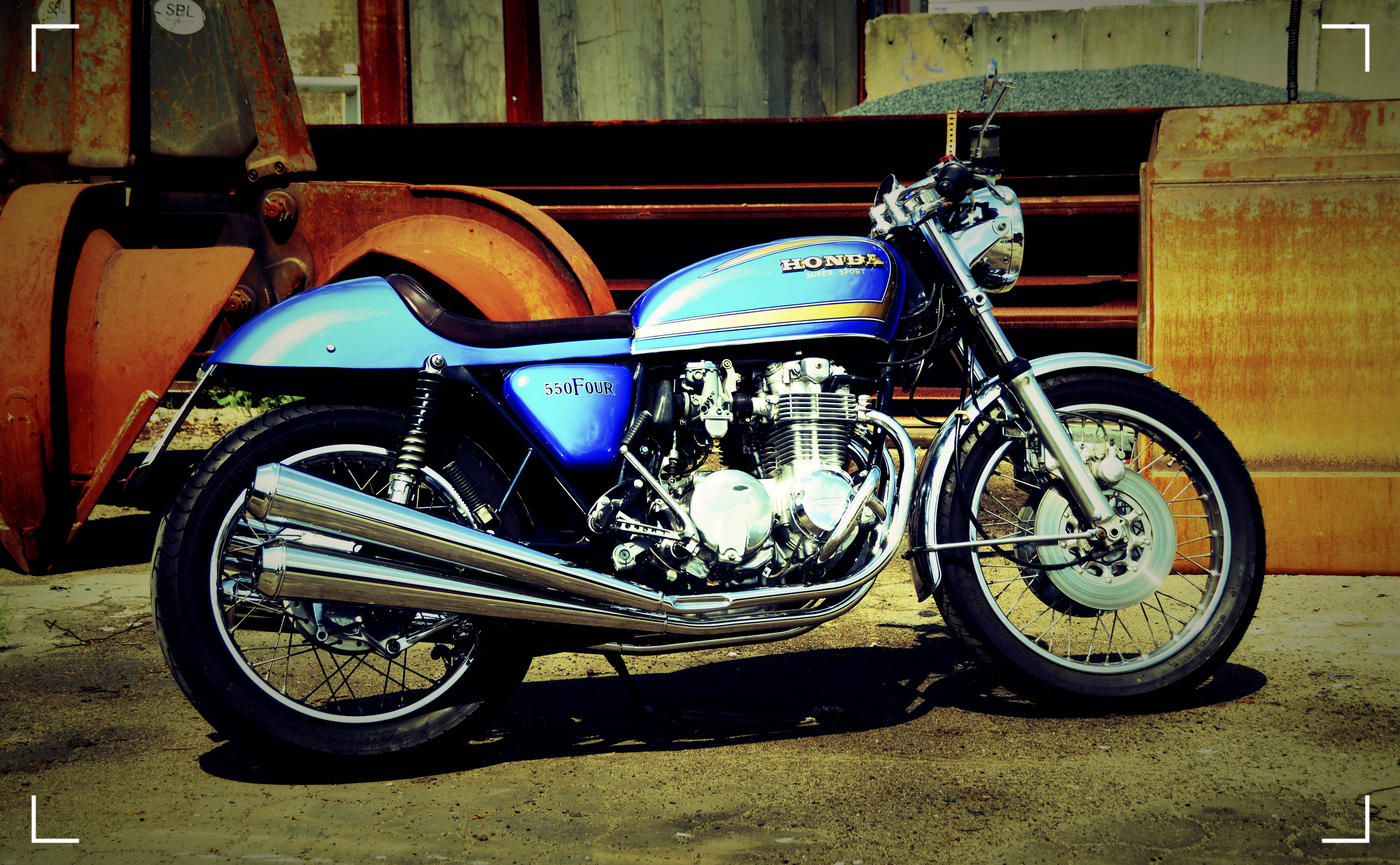 Honda CB 550 Four Cafe Racer 69 (8)