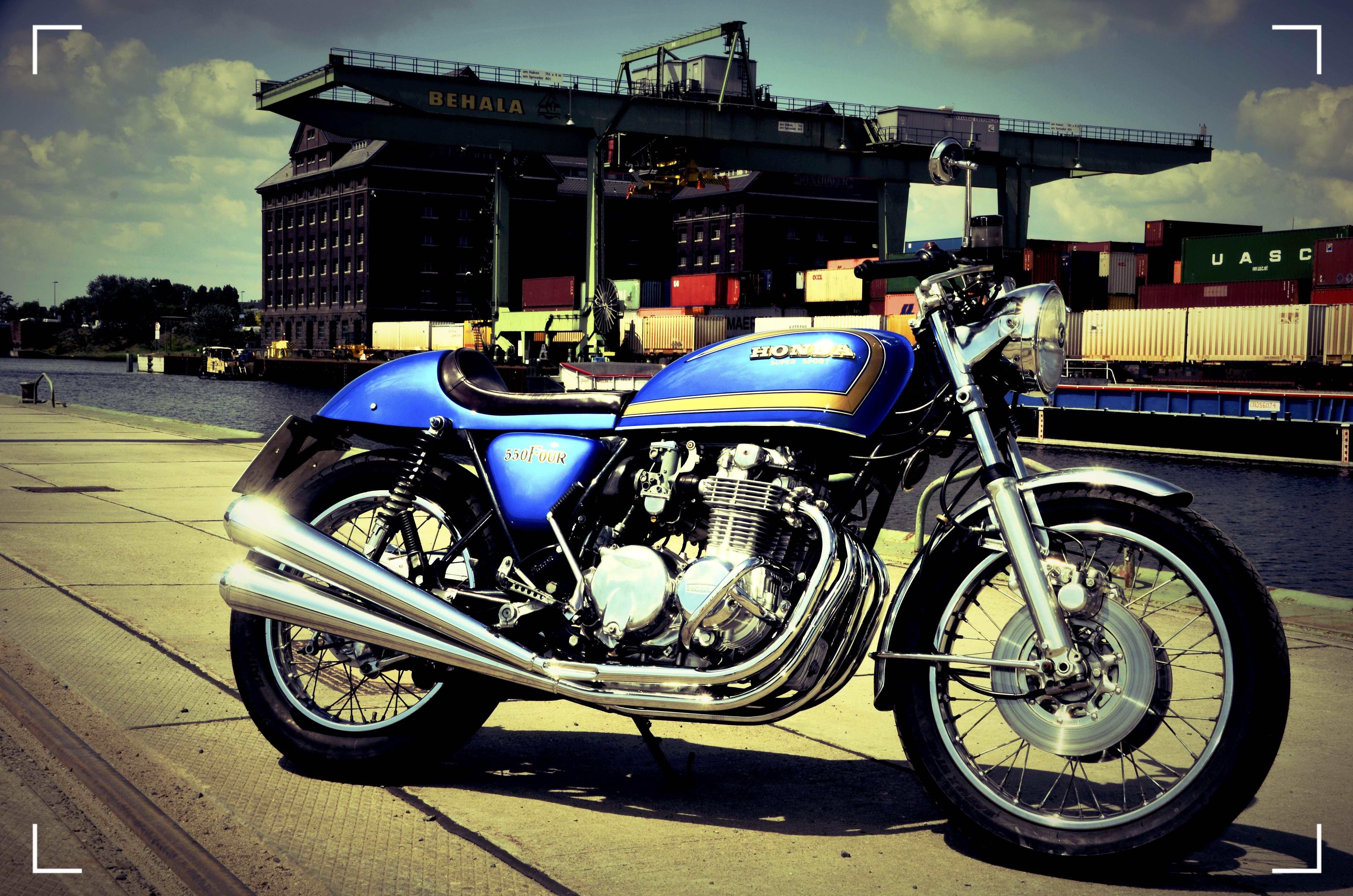 Honda CB 550 Four Cafe Racer 69 (3)