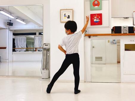 男の子のバレエ 姿勢が正され スポーツの基本を作る