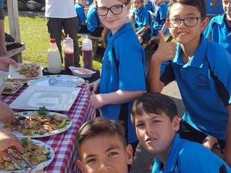 Prizewinning poet wins big barbecue banquet for school