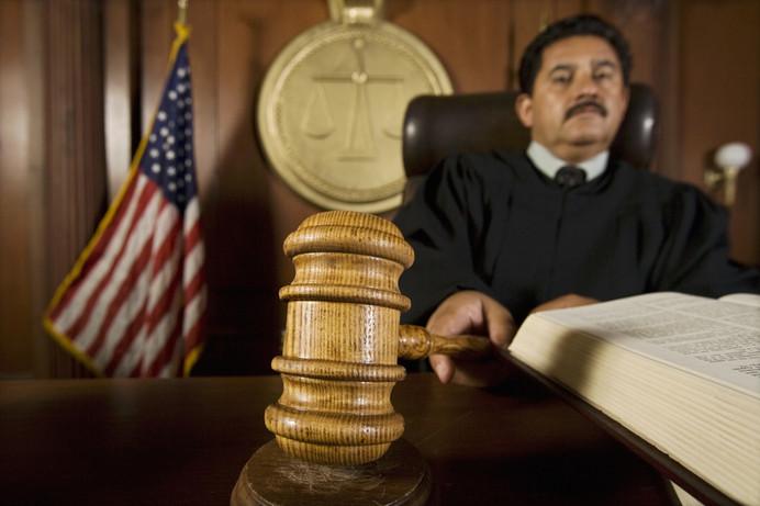 ¿Qué Sucede Cuando Usted No Se Presenta A Una Audiencia En La Corte?