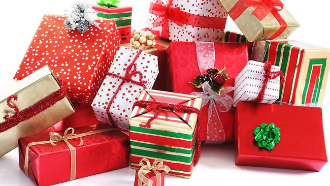 THEFT: Florida Cop's Wife Allegedly Stole Neighbor's Christmas Gifts