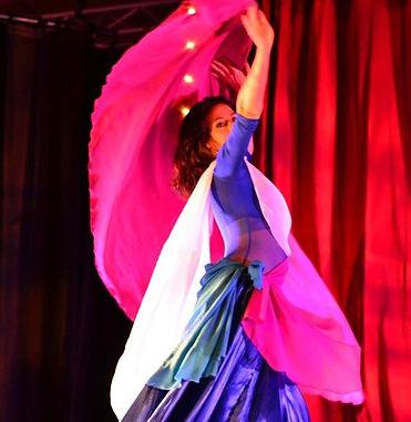 Cours de danse orientale adultes enfants nantes saint herblain