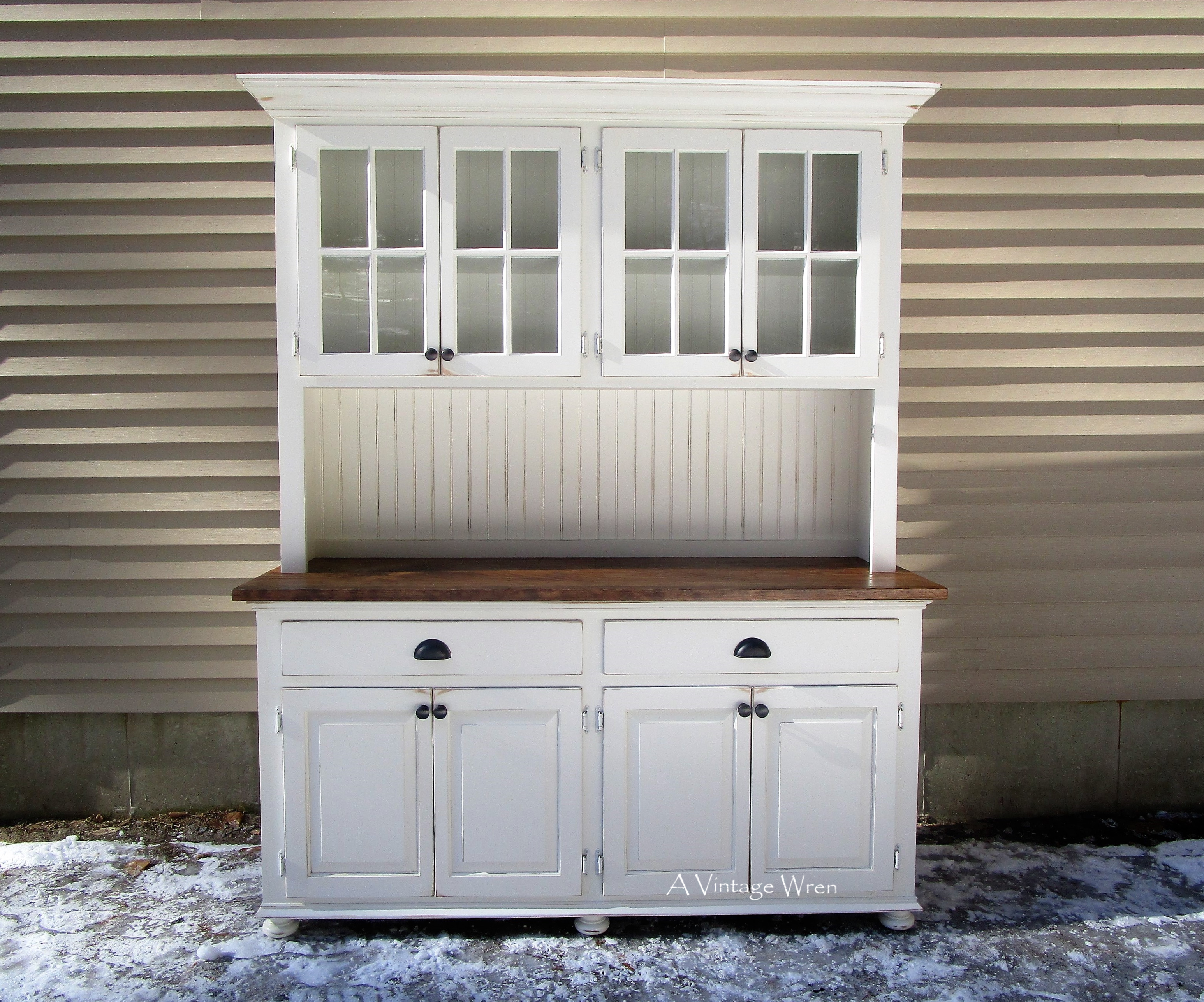 4 Door China Hutch