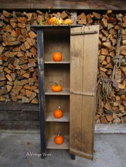 Jelly cabinet / chimeny cupboard