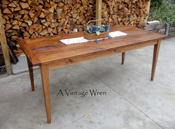 Traditional Shaker Table