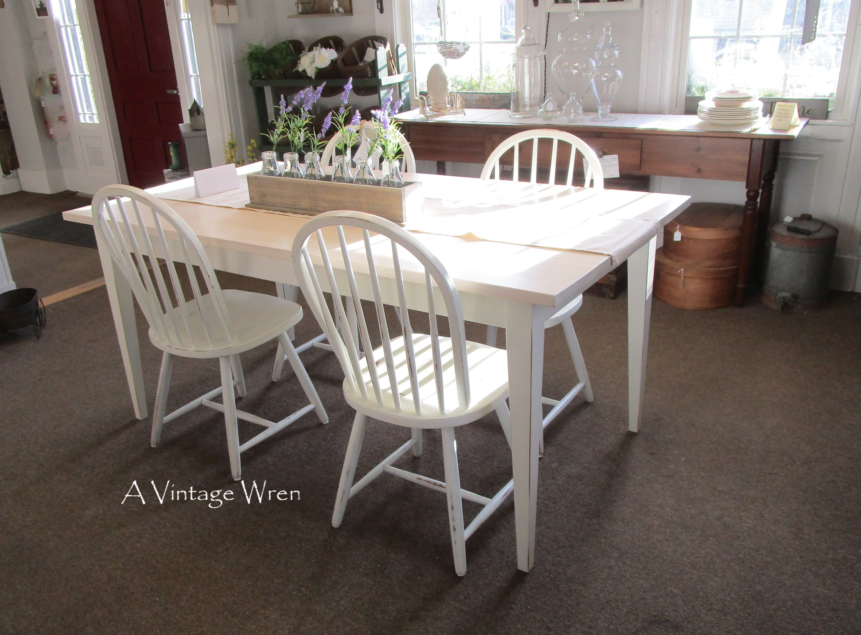 All White Shaker Table
