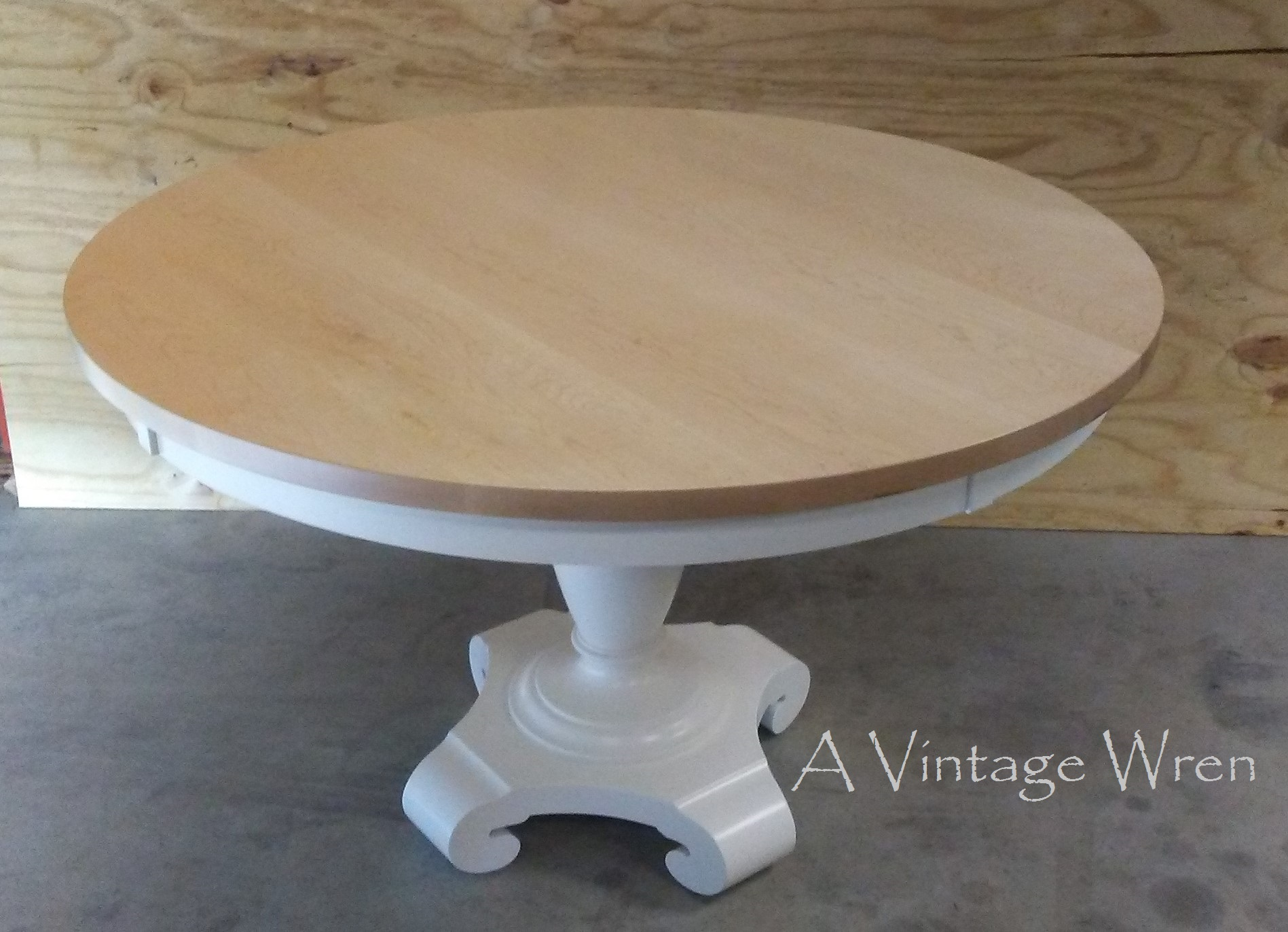 Hard Maple Pedestal Table