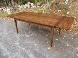 Extendable Shaker Dining Table