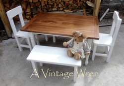 Childs Farm Table Set