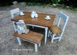 Child size farm table