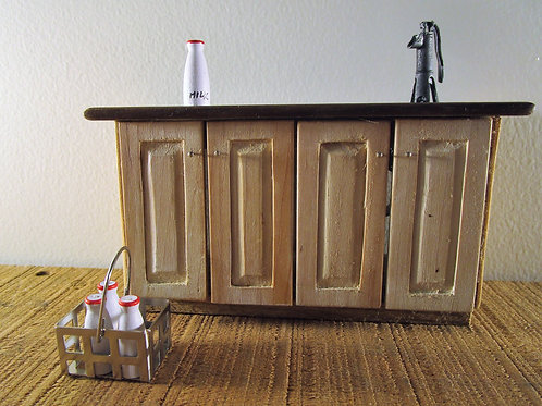 Dollhouse miniature kitchen milk bottles with carrying crate