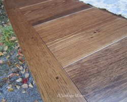 Smooth Dining Table Top detail