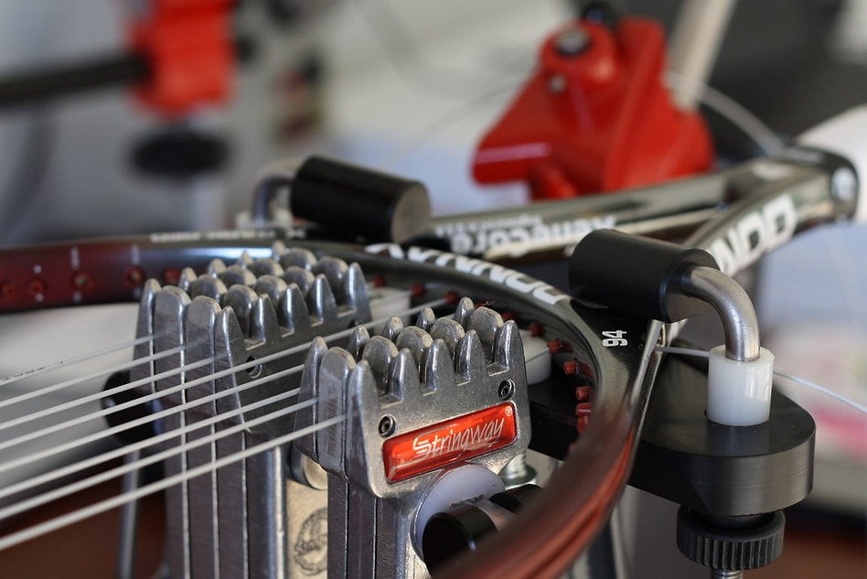 Stringing-Tennis-Racquets-for-Beginners.