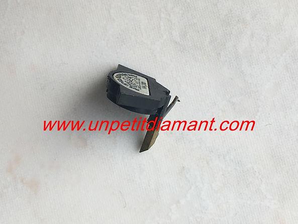 SUPRAPHON TESLA VM2101 DIAMANT DE REMPLACEMENT POUR PLATINE VINYLE NEEDLE DIAMOND STYLUS FOR TURNTABLE AGUJA TOCADISCO PUNTINA GIRADICHI NADEL PLATTENSPIELER TONNADEL