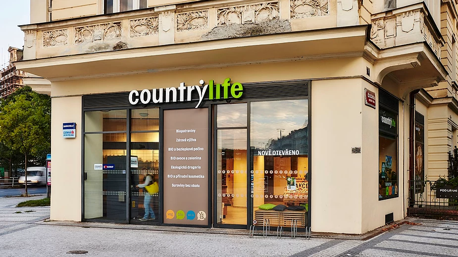 Countrylife is a Czech famous bio and eco-friend shop, restaurant with many branches. You can find vegetarian, vegan foods, supplements, recipes, products, plant-based milk and desserts.