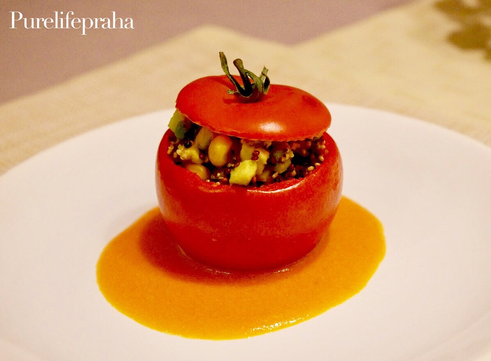 Vegan stuffed tomato with quinoa recipe