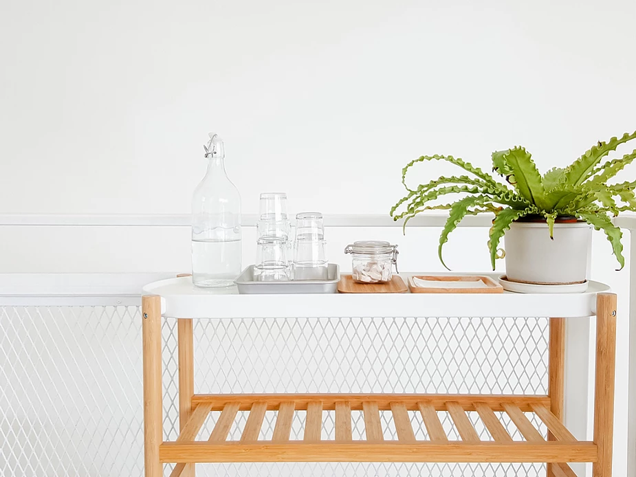 What is Minimalism? It's to live a life with less material possessions. It help us back to the inner true self and find the real meaning of life.