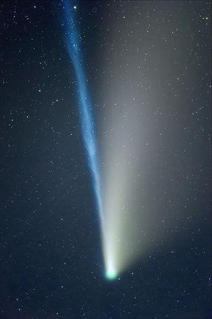 neowise comet comète astrophoto sky night trail corse corsica
