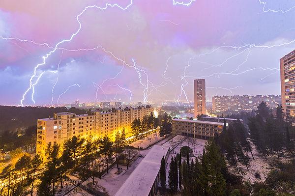 grêle foudre orage violent marseille rouvière éclairs klape